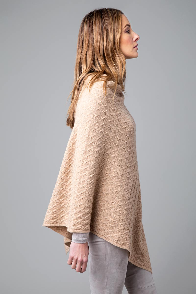 Cable Topper - Kinross Cashmere