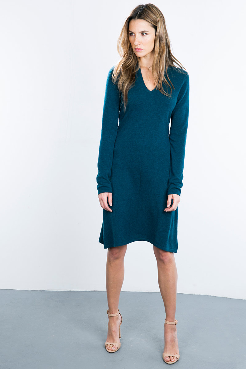 Kinross Cashmere   V Neck Fit & Flare Dress