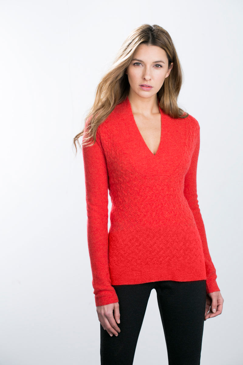 Kinross Cashmere | Braided Cable Crossover V-neck