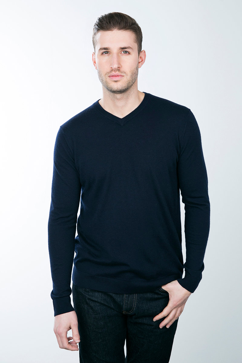 Kinross Cashmere | Worsted V-neck